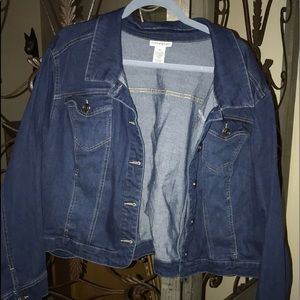 Plus size 3x cropped denim jacket. NWOT